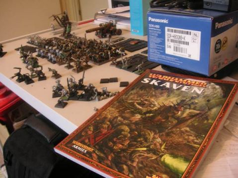 021109-armybook01